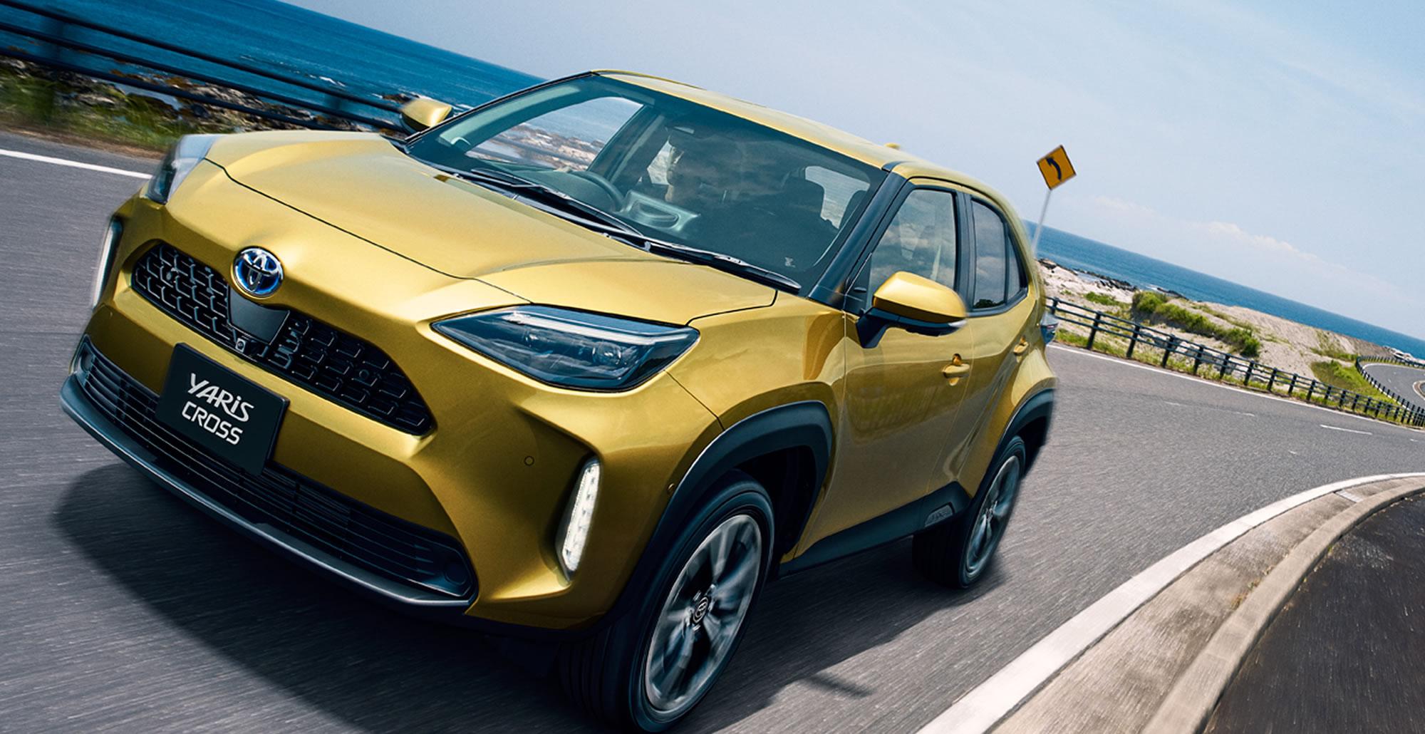 HYBRID Z(2WD)。ボディカラーはブラスゴールドメタリック。オプション装着車。写真はプロトタイプモデルで、量産モデルとは一部仕様が異なる場合があります。