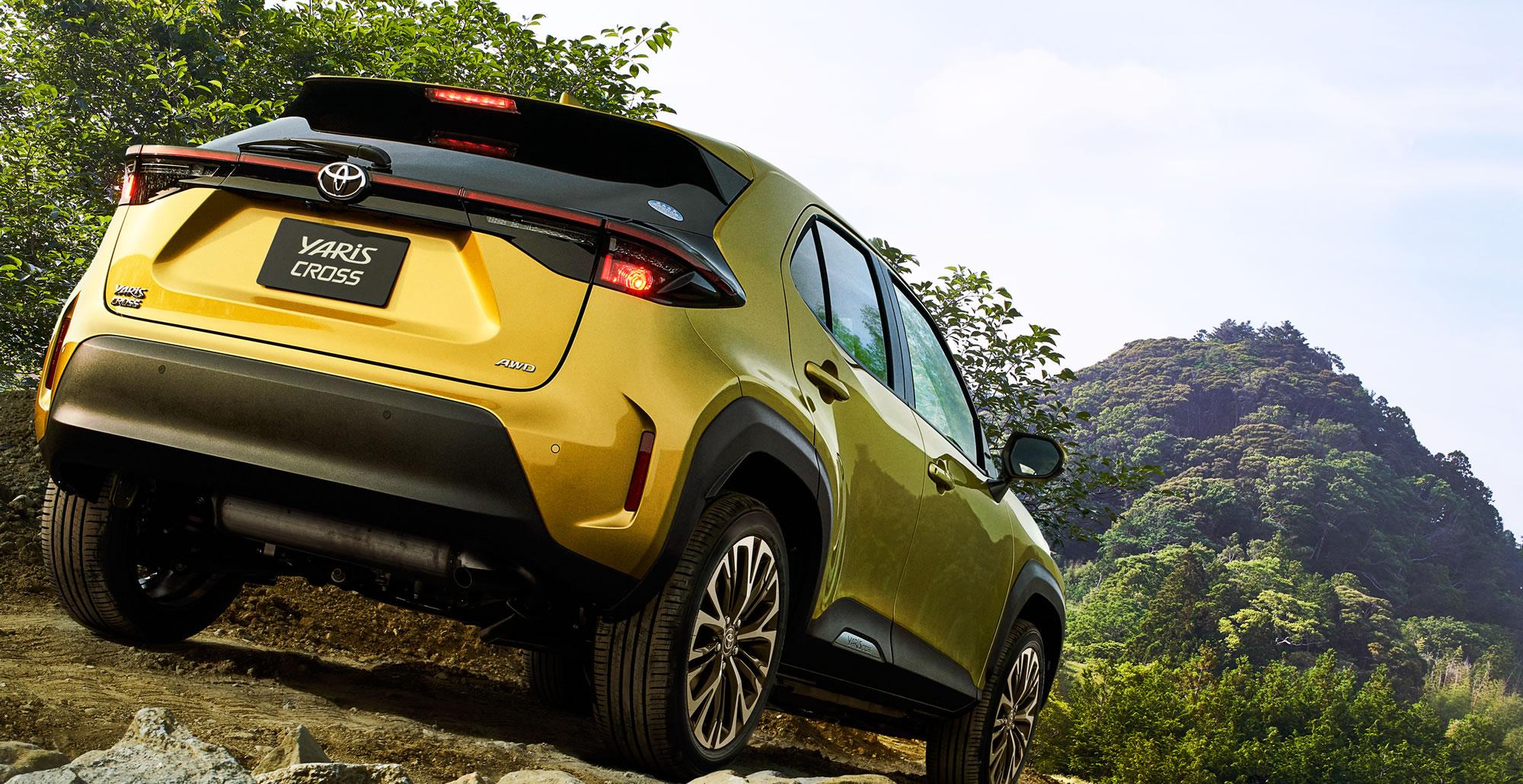 Z(2WD)。ボディカラーはブラスゴールドメタリック。オプション装着車。写真はプロトタイプモデルで、量産モデルとは一部仕様が異なる場合があります。